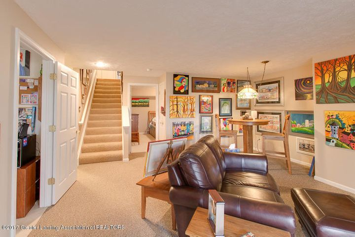 6389 Highland Ridge Dr - ll Family Room - 25