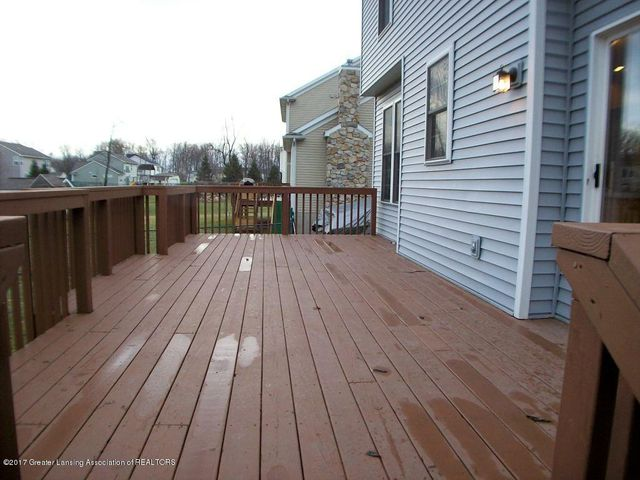 11233 Carousel Dr - 11233 Carousel Deck from Stairs - 40