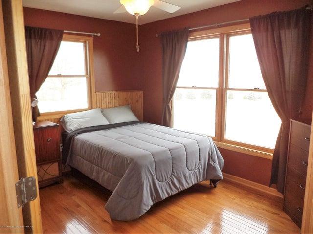 3565 Banner Rd - Bedroom 1 - 16