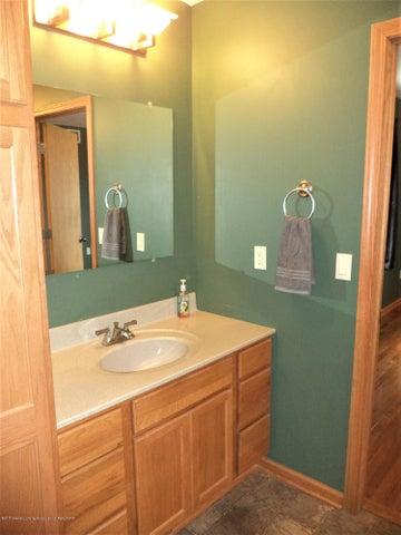 3565 Banner Rd - Master bath sink area - 24