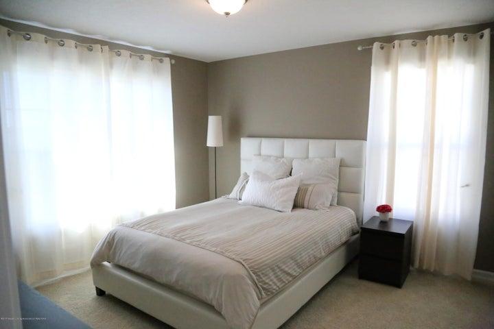 3540 Myrtle Dr - Bedroom - 14