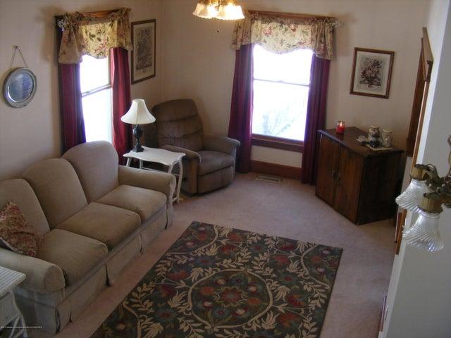 1101 West St - Living Room - 5