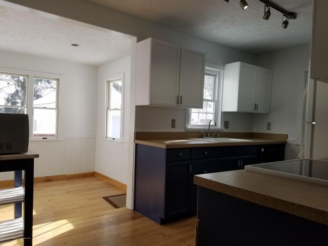 828 N Francis Ave - kitchen5 - 8