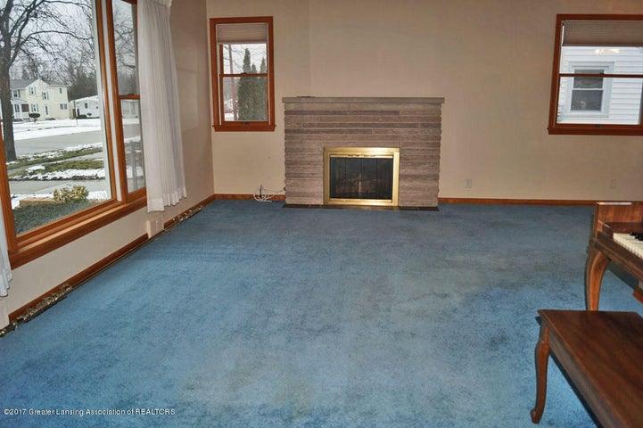2315 Woodruff Ave - Gas Fireplace - 5