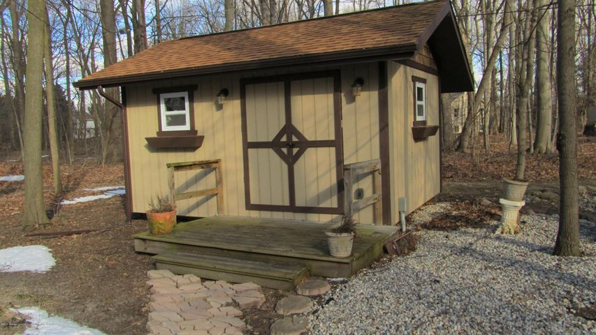 3370 Zimmer Rd - Shed - 27