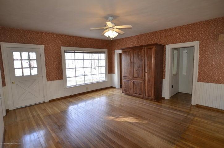 4895 Barton Rd - Dining Room or maybe Master Bedroom? - 4