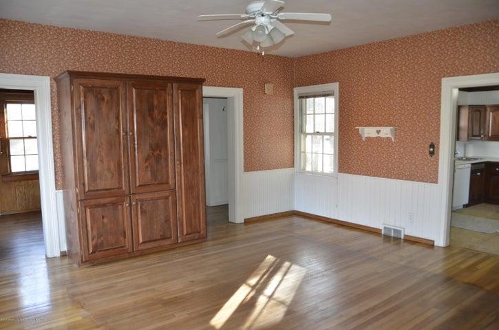 4895 Barton Rd - Formal Dining Room - 25