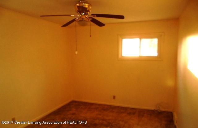 3027 Andrea Dr - BEDROOM 2 - 22