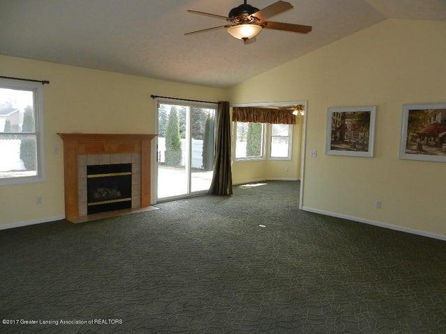 12397 Sea Pines Dr - living room - 6