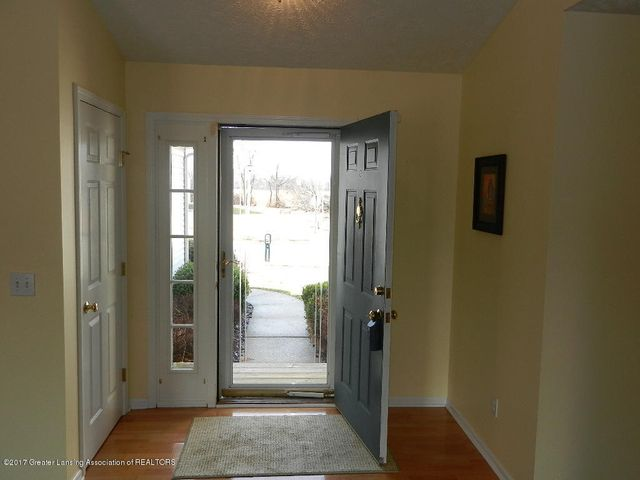 12397 Sea Pines Dr - foyer - 30