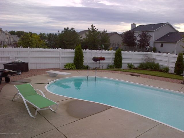 12397 Sea Pines Dr - pool summer - 37