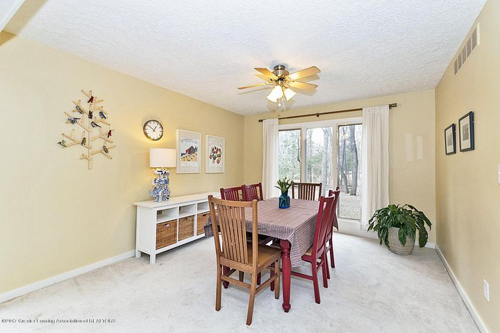 245 Ruby Way - Dining Room - 7
