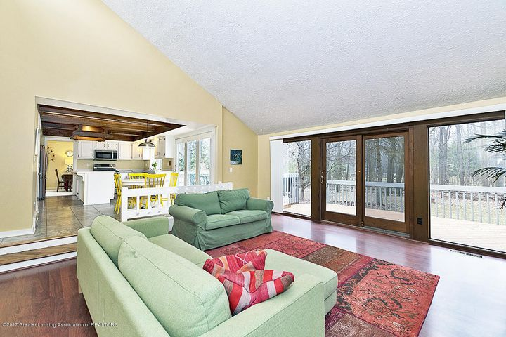 245 Ruby Way - Great Room - 19