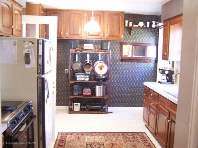 904 Raeburn Rd - Kitchen - 16
