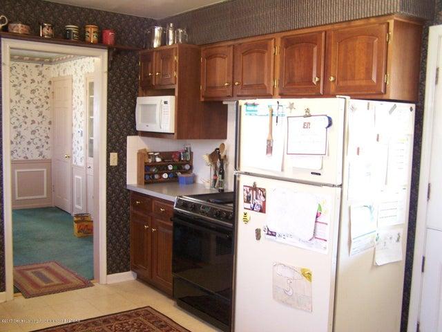 904 Raeburn Rd - Kitchen - 20