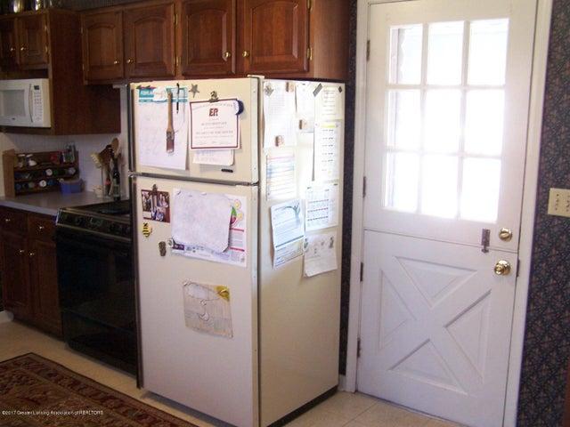 904 Raeburn Rd - Kitchen - 21