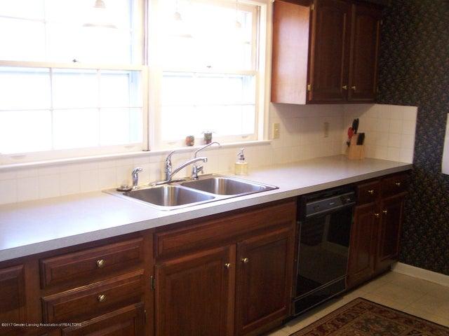 904 Raeburn Rd - Kitchen - 19