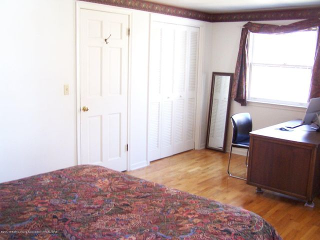 904 Raeburn Rd - Bedroom - 31