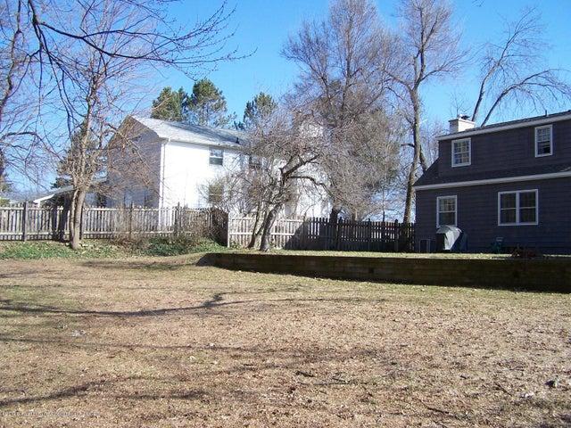904 Raeburn Rd - Terraced Back Yard - 58