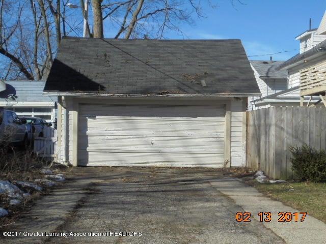 333 Bartlett St - Garage - 5
