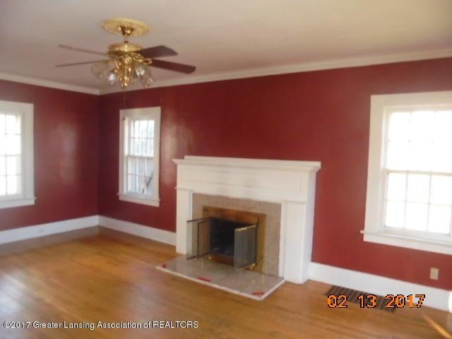333 Bartlett St - Living room - 24