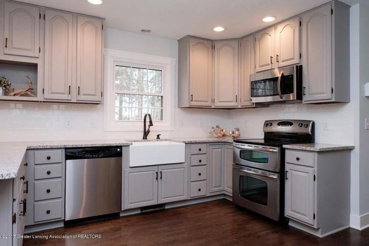 180 Fawn Creek Dr - Kitchen - 2