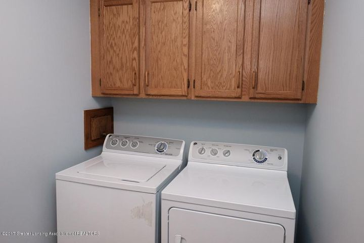 180 Fawn Creek Dr - First Floor Laundry - 31