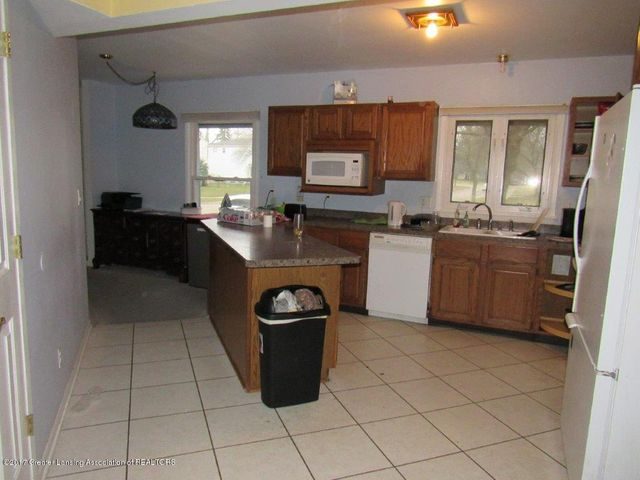 1818 N Fairview Ave - KITCHEN - 5