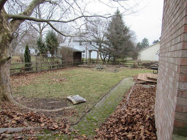 1818 N Fairview Ave - FENCED YARD - 3