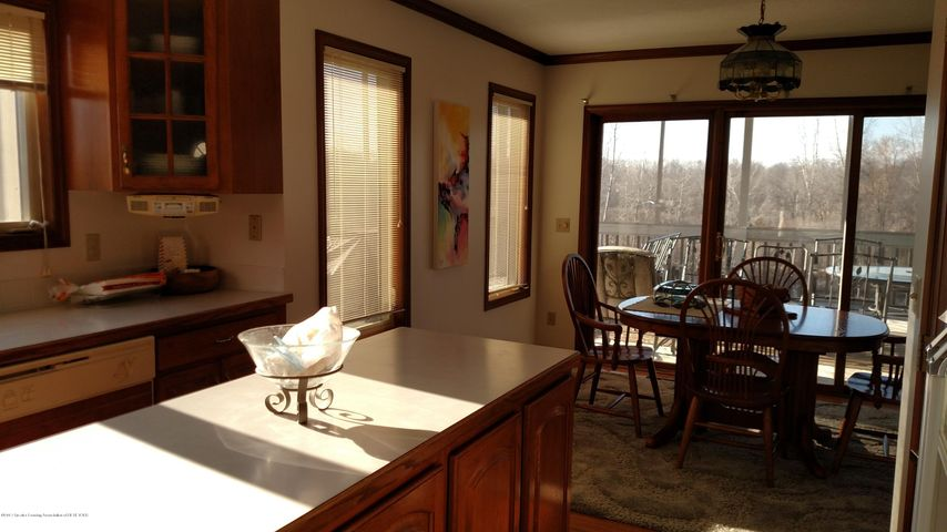 9714 Rossman Hwy - Dining room - 4