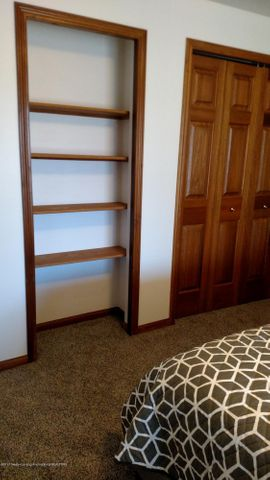 9714 Rossman Hwy - bedroom - 9