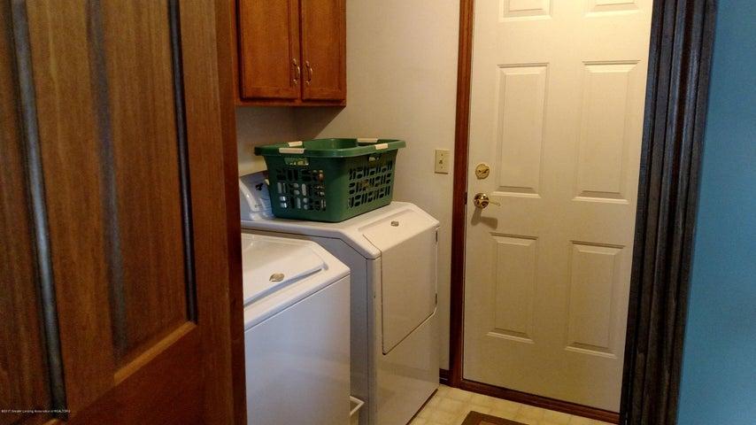 9714 Rossman Hwy - 1st floor laundry - 19