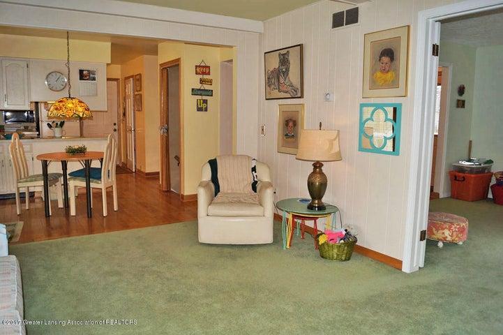 1145 Shelter Ln - Family Room - 7