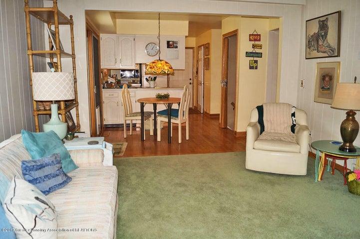 1145 Shelter Ln - Family Room - 9