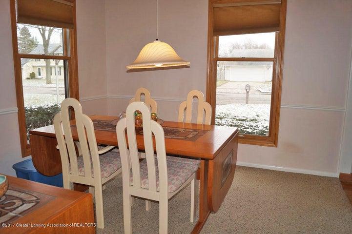 1145 Shelter Ln - Dining Room - 16