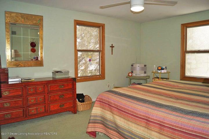 1145 Shelter Ln - Master Suite - 26