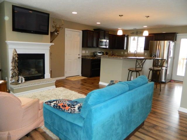 4930 N Campers Trail - Living Room - 2