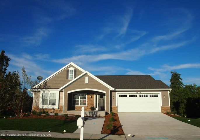 1544 Belvedere Ave - FRONT EXTERIOR - 1