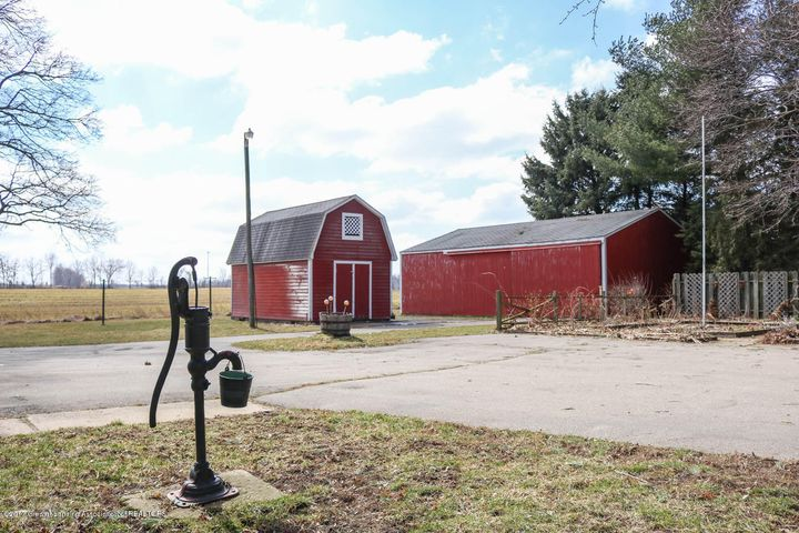 7071 W Cutler Rd - Outbuildings - 7