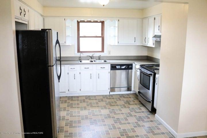 7071 W Cutler Rd - Kitchen - 20