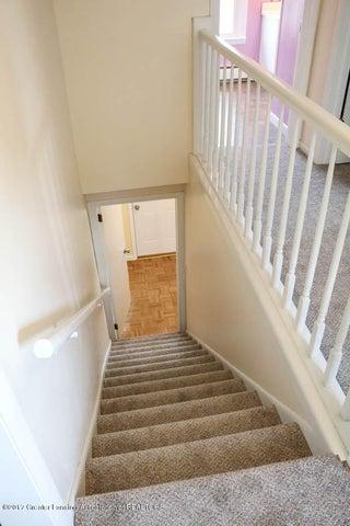 7071 W Cutler Rd - Stairway - 33