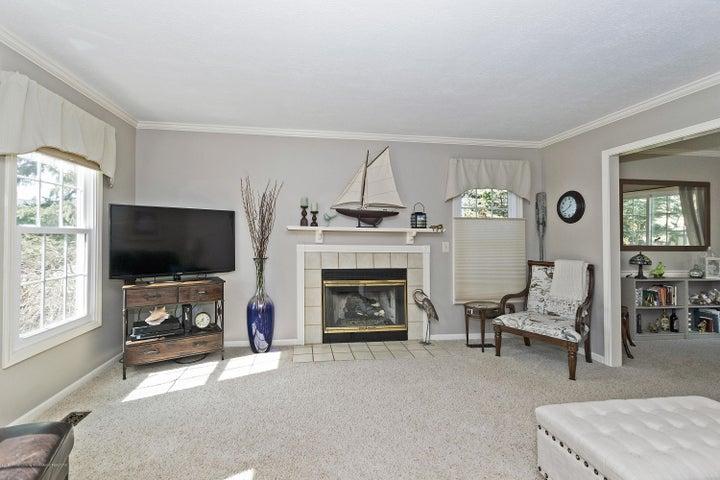 3920 Mayapple Ln - Living Room - 3