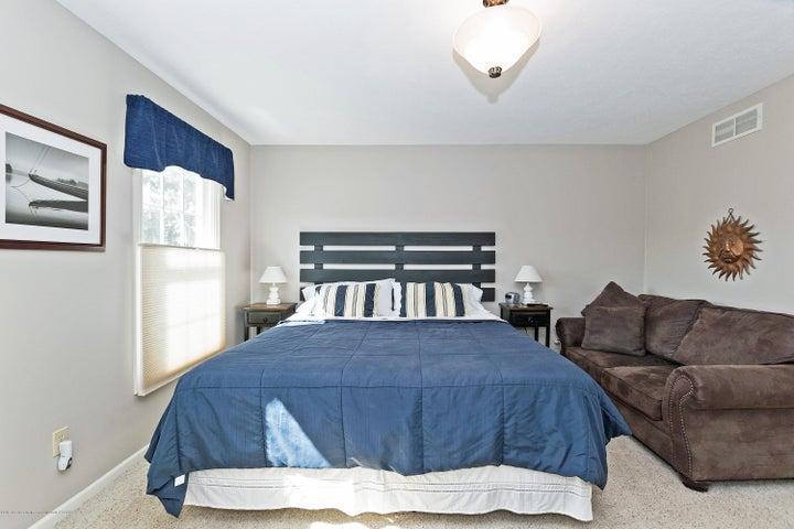 3920 Mayapple Ln - Master Bedroom - 15