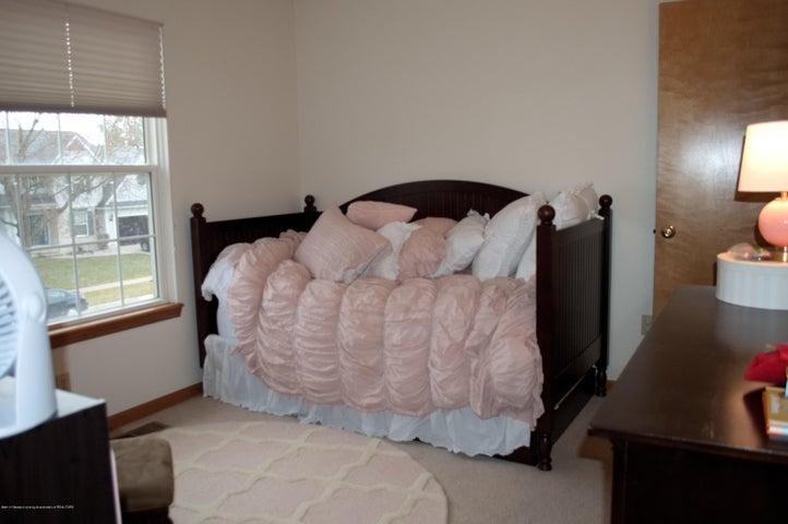 1925 Hollowbrook Dr - Bedroom 2 - 11