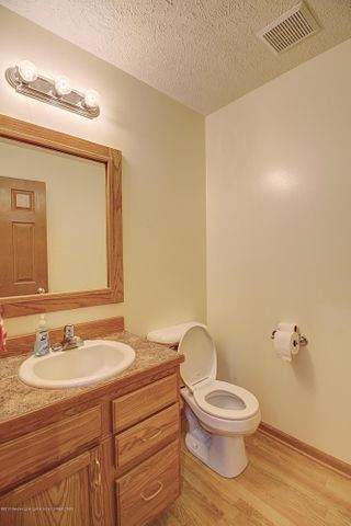 5815 Rothesay Rd - BATHROOM - 21