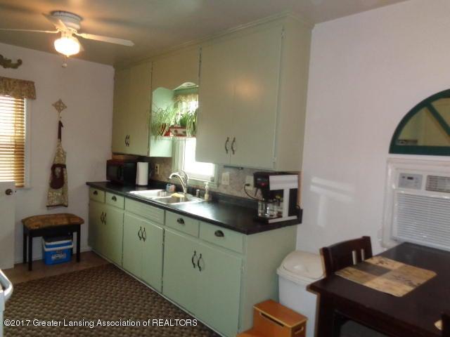 617 W Holmes Rd - DSC02068 - 10