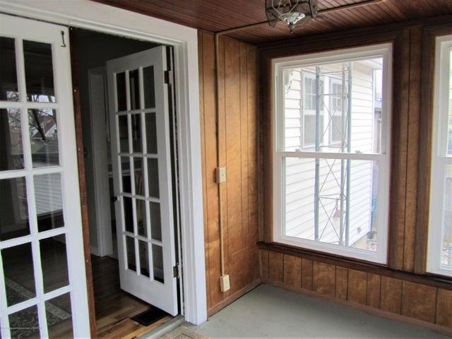 1230 Dakin St - Seasons room entrance - 14