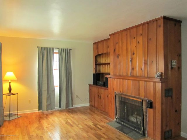 1230 Dakin St - Living room w/fireplace - 5