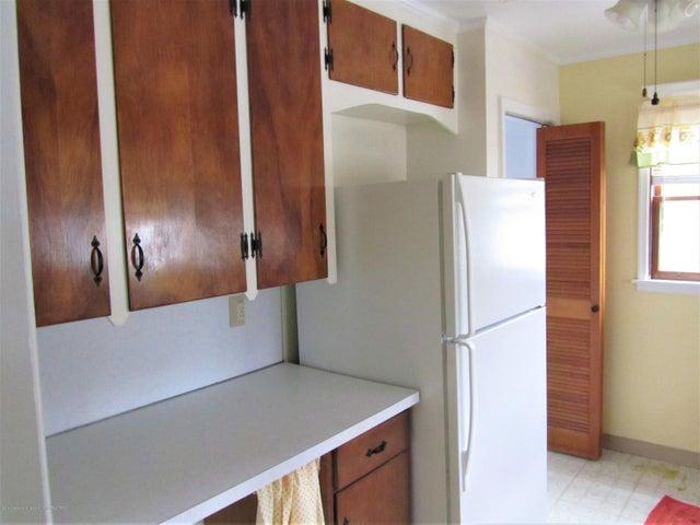 1230 Dakin St - Kitchen - 3