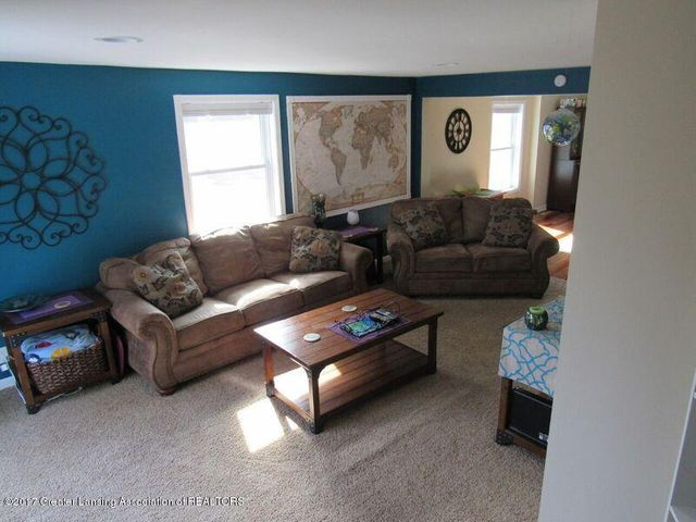 510 Canal St - Living Room - 29